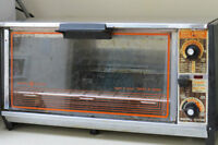 General Electric Toaster Oven 1970 Style