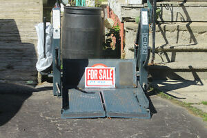 Mobility Lift     ($2500.00 or best offert) London Ontario image 1