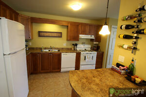 3 bedroom apartment in highly sought after street in dieppe area