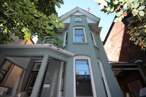 Rooms for Rent close to UofT Neighborhood