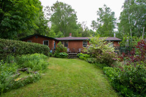 OPEN HOUSE Bungalow on private treed lot near Lake Scugog
