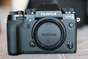Mint Condition Fujifilm X-T2 + Battery Grip for sale!