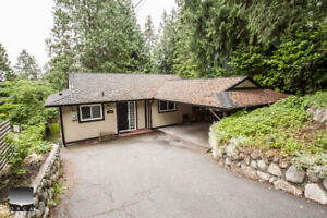 $3750(ORCA_REF#993)3bed/2bath/den Modern updated home tastefully