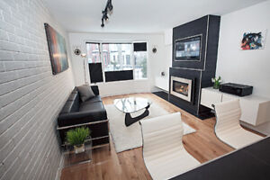 Luxury 2 BED – DUNDAS SQUARE - hybrid office - BBQ - FRPLC