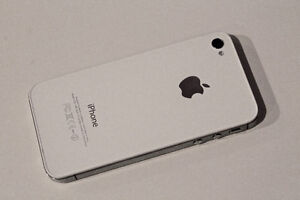 Nearly New Apple No Contract iPhone 4s - 16GB – White – 9/10 Stratford Kitchener Area image 4