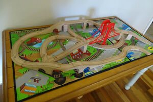 New Price - Train Table & Trains!!