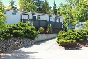 Move in ready mobile home in Salmon Arm