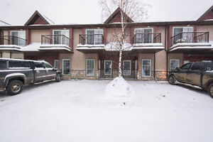 200 LOUGHEED DR #4111 - LOOKING FOR HASSLE FREE LIVING?