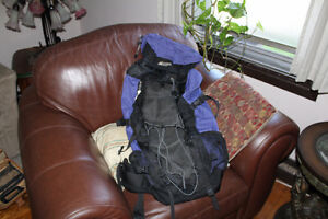 MEC backpack excellent condition sac de voyage a dos 65 or 70 L