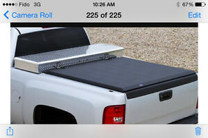 2014-2017 Gmc/Chevrolet Access toolbox edition tonneau cover