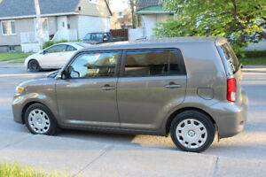 SCION XB 2011 À VENDRE ! EXCELLENTE CONDITION! BAS KILOMÉTRAGE