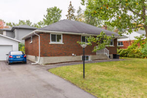 FULLY RENTED AND RENOVATED 8 BEDROOM DUPLEX IN NEPEAN