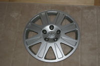 Hubcaps from Toyota Matrix, 16 inch wheels