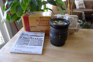 Sigma 28-200mm F:3.5-5.6 Sony A Mount in Excellent Condition