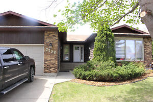 Stunning bungalow for Rent!