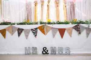 Rustic Mr & Mrs Sign