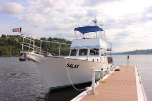 Bateau 43 pieds a vendre - 43 ft boat for sale