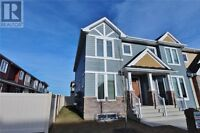 brand new town house great location!