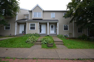 MOVE IN READY Dartmouth Condo right near Portland Estates/Hills!