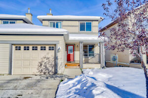 Two storey townhome in Sagewood Airdrie with developed basement
