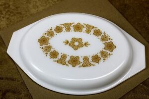 Pyrex ButterflyGold Divided Oval Casserole Lid 1.5qt Collectable Kingston Kingston Area image 2