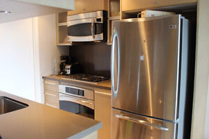 Furnished 1 bdrm + den condo at The Capitol Residences! Downtown-West End Greater Vancouver Area image 4