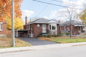 Completely renovated, 3 bedrooms, prime East Mountain location