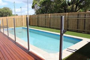 3 bedroom house with pool and massive yard (pet friendly). Southport Gold Coast City Preview