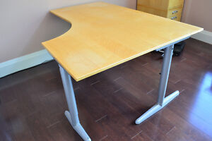 Contemporary Corner Desk perfect for working at home Kawartha Lakes Peterborough Area image 2