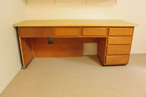 FREE!!! Solid wood desk