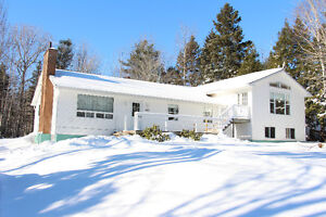 Great Bungalow with Huge Attached In-Law Suite Harris Road PC