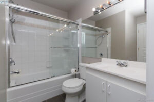 This home offers all of the conveniences of downtown living