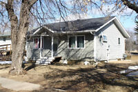 Move in ready starter home in Melfort