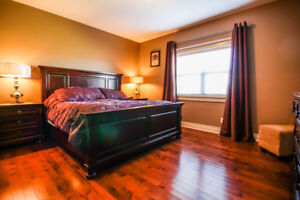 KING SIZE MASTER BEDROOM WITH MATTRESS