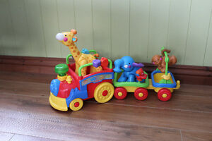 Train musical et lumineux Fisher Price