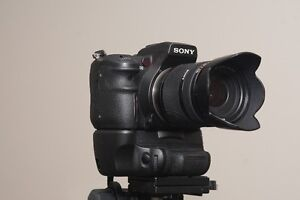 Sony a700 DSLR 18-200mm Lens and Vertical Grip Peterborough Peterborough Area image 10