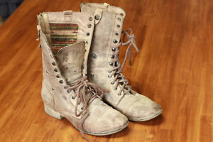 Steve Madden Leather Lace up Hiker Boots 8-9