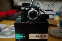 Fujifilm S8000fd digital camera