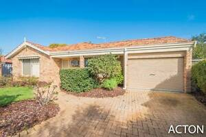 WHAT A LOCATION!! 31 STENTON GARDENS KINROSS Kinross Joondalup Area Preview