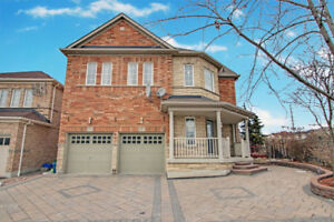 STUNNING AJAX HOME FOR RENT!