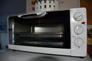 Toaster Oven Homemaker 14L Kangaroo Point Brisbane South East Preview
