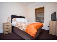 ROOM TO RENT, PROFESSIONAL HOUSE SHARE, FULLY FURN, ALL BILLS INC, SKY TV, WIFI, NO DEPOSIT