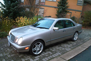 1997 Mercedes-Benz E-Class E420 Sedan North Shore Greater Vancouver Area image 1