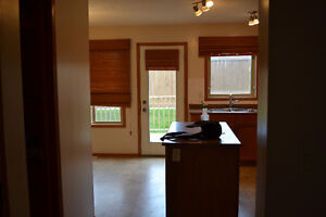 3 bedroom townhouse is Spruce Grove MOVE IN READY
