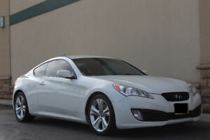 2010 Hyundai Genesis Coupe Coupe (2 door) AS-IS