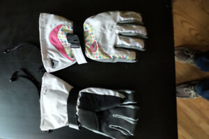 Level Snowboard Gloves. Model Butterfly, size 8 W or M