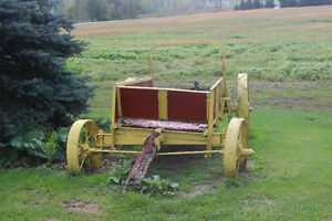 Oliver and varied of old Manure spreaders (decorations) Cornwall Ontario image 1
