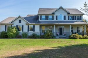 Ottawa: Gorgeous 4 Bed/4 bath home on Canadian Golf Course