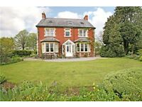 Two Large Double Rooms in Large Country Home