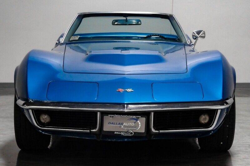 1968 Blue Chevrolet Corvette     C3 Corvette Photo 4